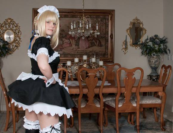 白い素肌とブロンドヘアーの外人美少女がコスプレしてるエロ画像 2324