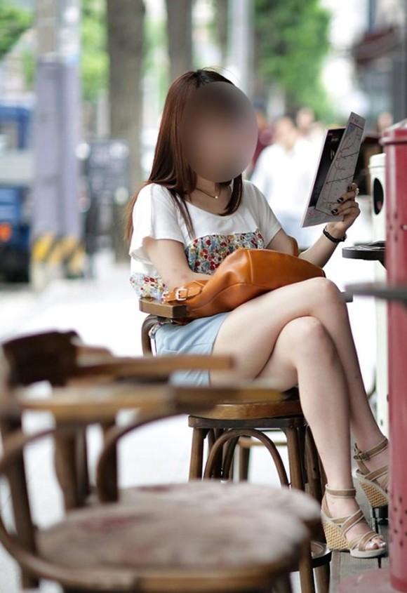 スタイル抜群な素人の韓国ギャルが街撮りされたエロ画像 2523