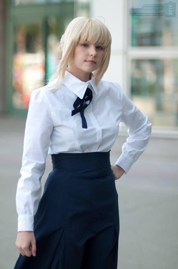 白い素肌とブロンドヘアーの外人美少女がコスプレしてるエロ画像 3105