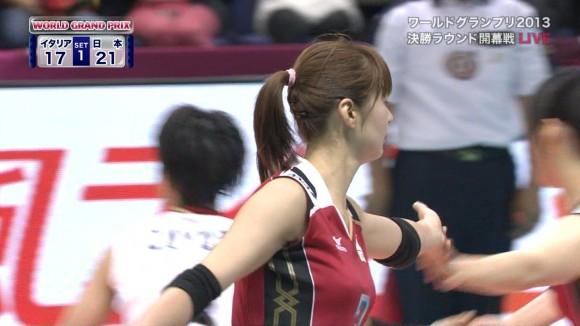 女子バレー会のアイドル木村沙織のユニフォーム着衣おっぱいのエロ画像 555