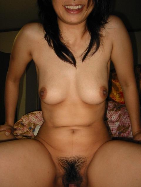彼氏とエッチしてごきげんな彼女の裸を撮影したエロ画像 784