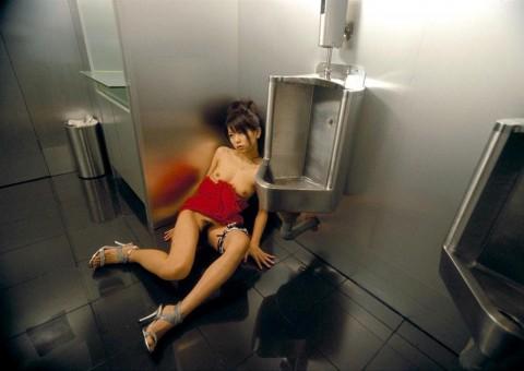 ガチレイプされた女性達のヤバいエロ画像 785