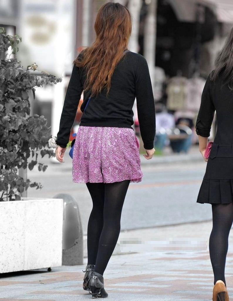 黒パンストで街を歩くOLやお姉さんたちのエロ画像 2194