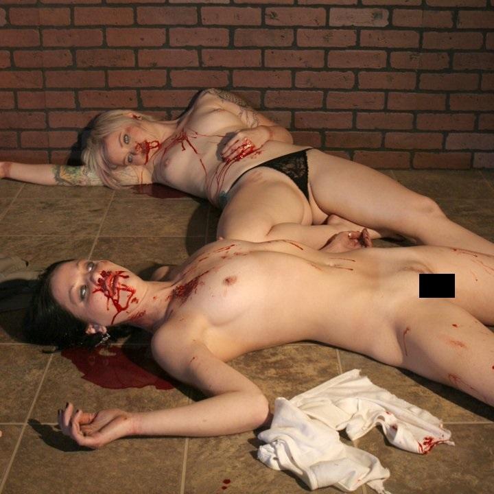 外人美女がレイプされ殺害されたエロ画像 265