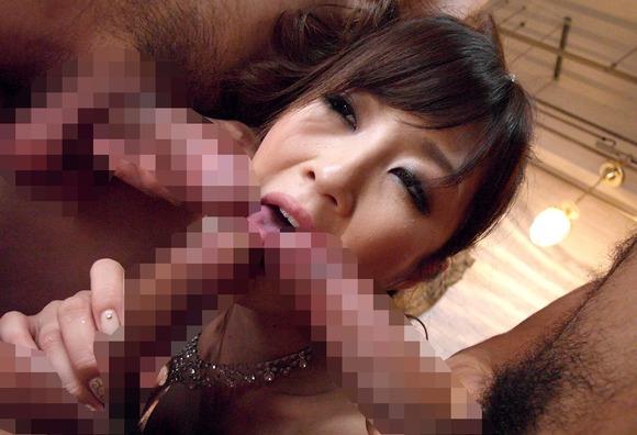 性的嗜好がおかしな事になってるド変態なヤバいエロ画像 277