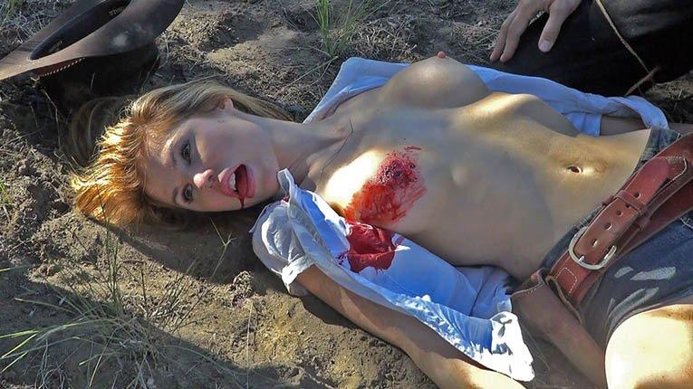 外人美女がレイプされ殺害されたエロ画像 295