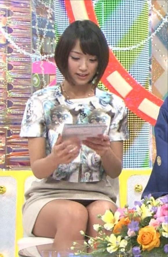 パンツの染みまでしゃぶり尽くしたい女子アナ竹内由恵のパンチラ画像 296