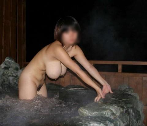 元カノとのお泊り旅行で露天風呂に一緒に入って写メった投稿エロ画像 3214