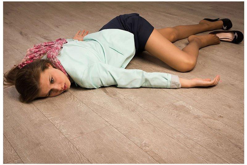 外人美女がレイプされ殺害されたエロ画像 714