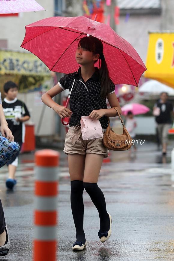 何気ない日常を過ごすお姉さんを街撮りしたエロ画像 749