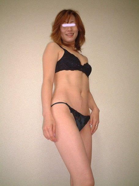 熟女のババ臭い香りと女の良い香りが混在する素人の人妻エロ画像 750