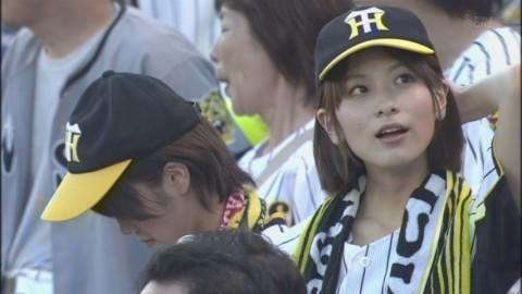 カメラマンの好みが分かるテレビに写った素人美少女のキャプエロ画像 1168