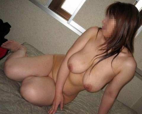 熟女ならではの体付きが堪らない不倫中のセフレ人妻エロ画像 2118