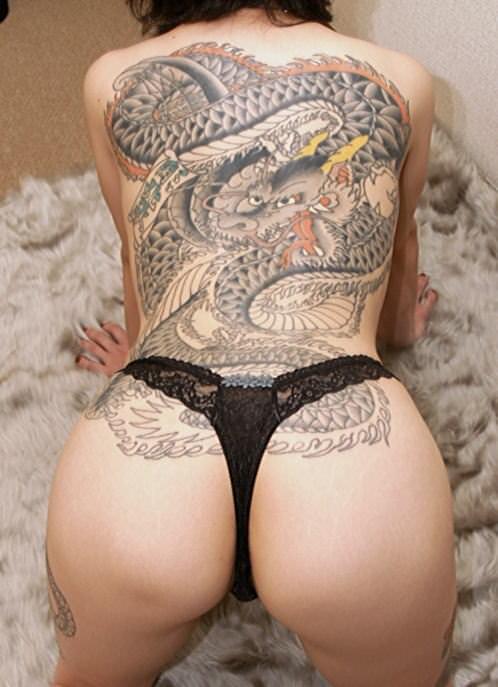 刺青やタトゥーを入れてる女達のヤバいエロ画像 9108