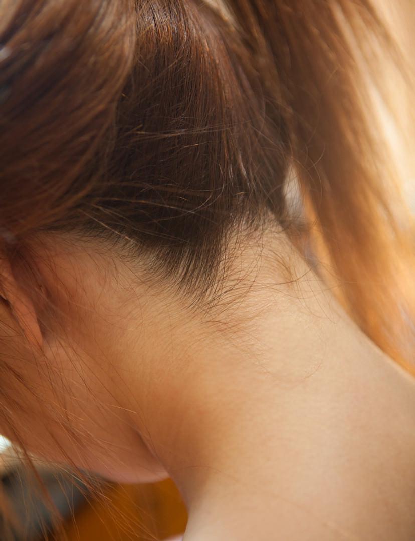 余裕でシコれる女のうなじのエロ画像 13153
