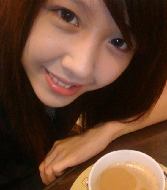 台湾人美女が可愛すぎるエロ画像 25105