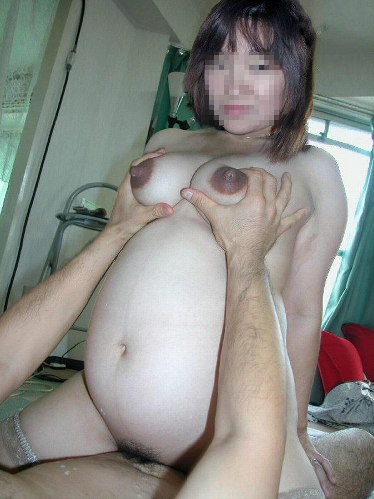 お腹に赤ちゃんがいる妊婦妻が不倫しておまんこ撮られて流出したエロ画像 2565
