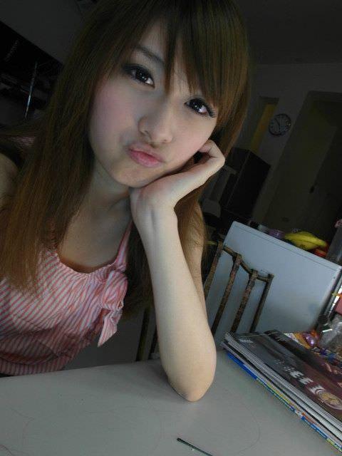 台湾人美女が可愛すぎるエロ画像 2606