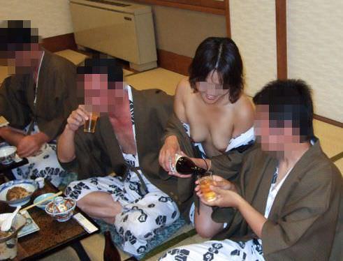 酒が回ってハメ外し過ぎな女達のヤバいエロ画像 2616
