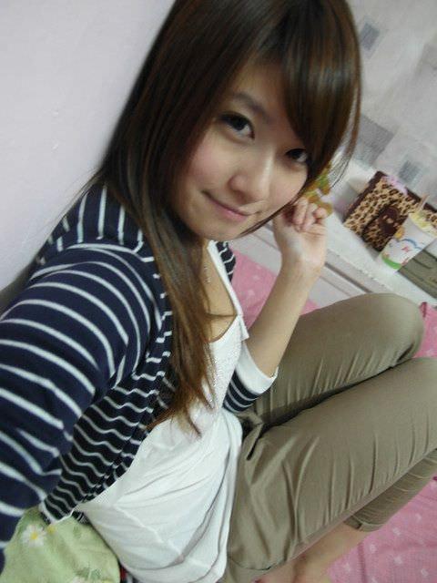 台湾人美女が可愛すぎるエロ画像 2782