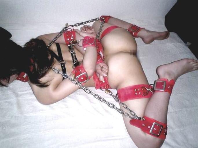 ハードな緊縛調教で体を痛めつけるヤバいSMエロ画像 3024