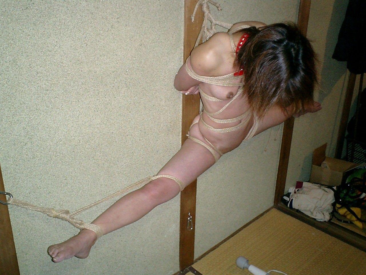 ハードな緊縛調教で体を痛めつけるヤバいSMエロ画像 3218
