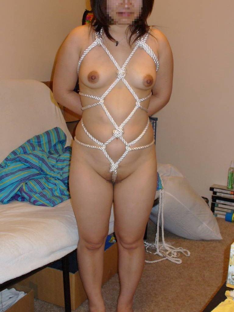 彼氏に上手に縛ってもらった彼女やセフレの緊縛エロ画像 39