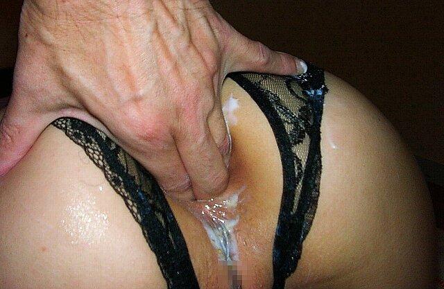 まんこパックリセックス専用のセクシーランジェリーパンツ履いてるエロ娘の素人エロ画像 712
