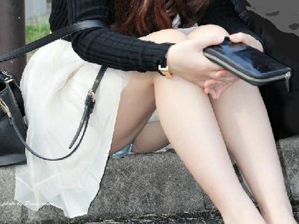 隠し撮りやアクシデントで股間のパンティを見られた素人エロすぎ勃起したwww 0951