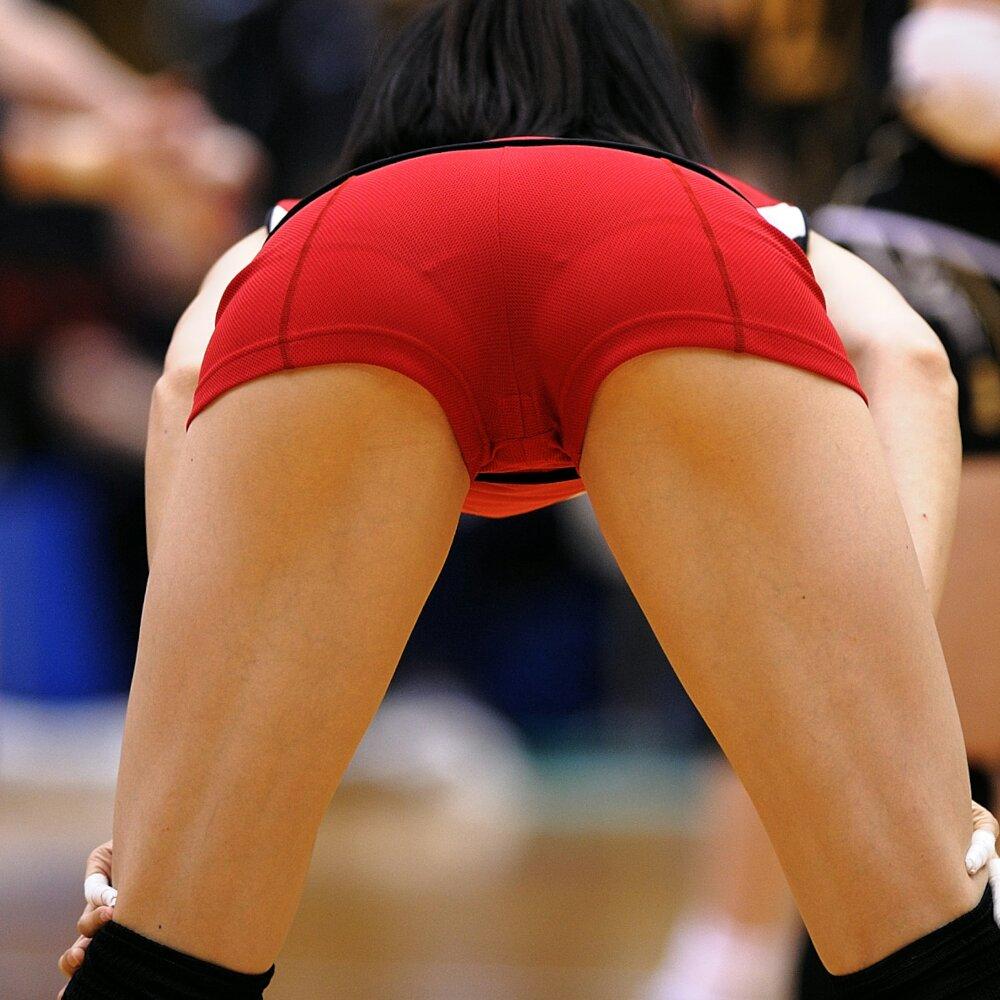エロい視線で女子バレー選手の巨乳おっぱいやお尻を眺めるエロ画像 1196
