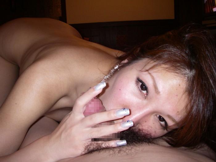 彼女の生暖かい唾液が絡みつくフェラチオエロ画像 2163