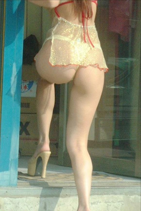 台湾のビンロウ売りの少女たちの衣装がセクシー過ぎる露出エロ画像 2165
