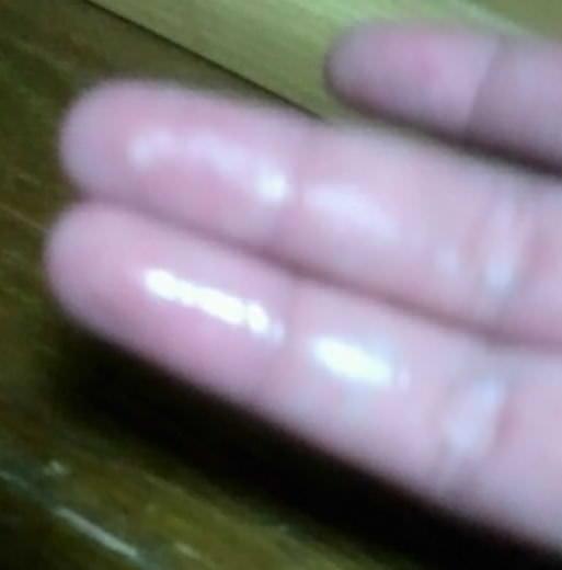 興奮しすぎてオナニーした手の糸引くマン汁をネットにうpしてる女神たちの自画撮りエロ画像 11120