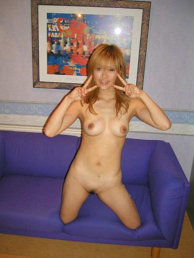 彼女との生々しいプライベートのセックスエロ画像 242