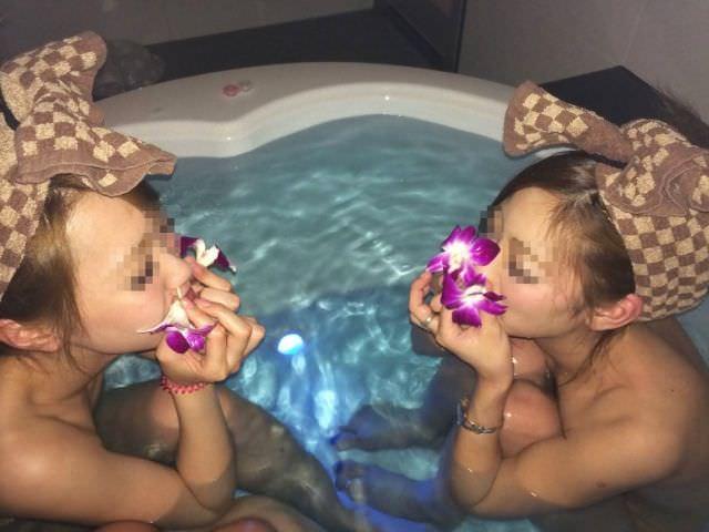 リア充ギャルがビキニになったりお風呂入ってるエッチな写真をネット公開してるエロ画像 2611