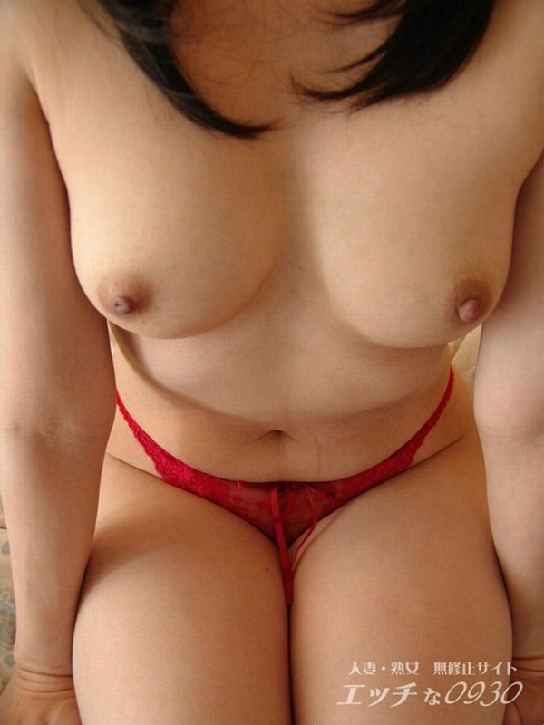 性欲が抑えきれないビッチなイケイケ人妻熟女が不倫中に撮ったエロ画像 723