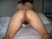 セフレとのおまんこセックスに飽きたのでアナルファックを開発前に写メった素人娘エロ画像