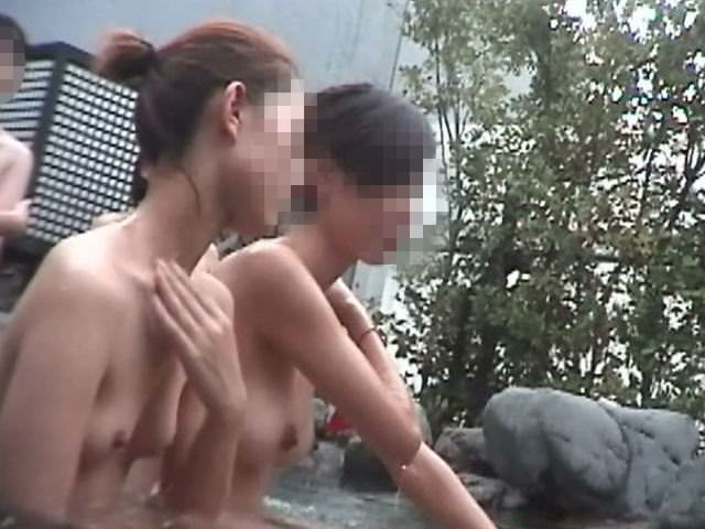 温泉で友達を隠し撮りwwwネットにうpされた女子大生のエロ画像 1344
