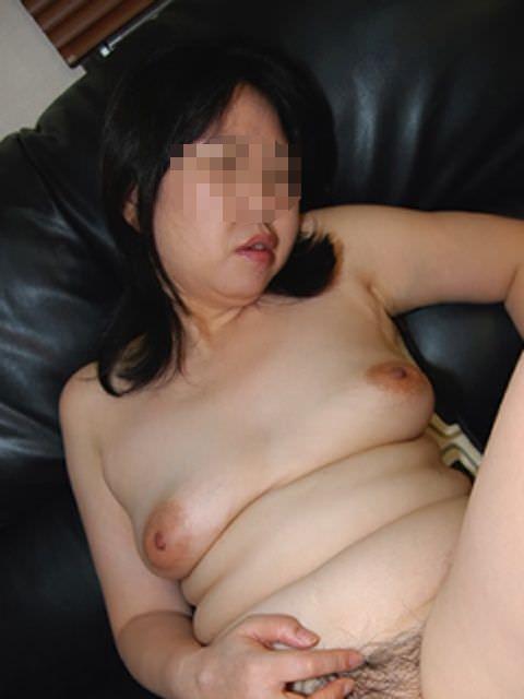贅肉が付いて食べごろになったおデブ熟女の全裸おっぱいが最高wwwwなエロ画像 1611