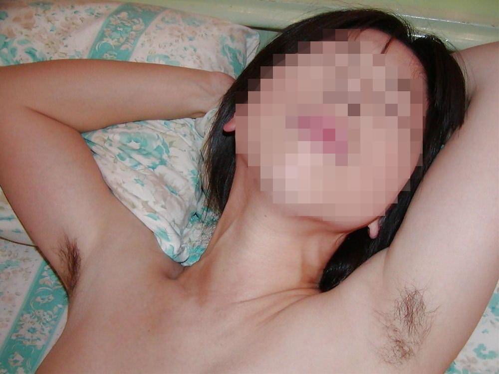 脇まんこに毛が生えて脇マン毛になってる素人娘のエロ画像 2233