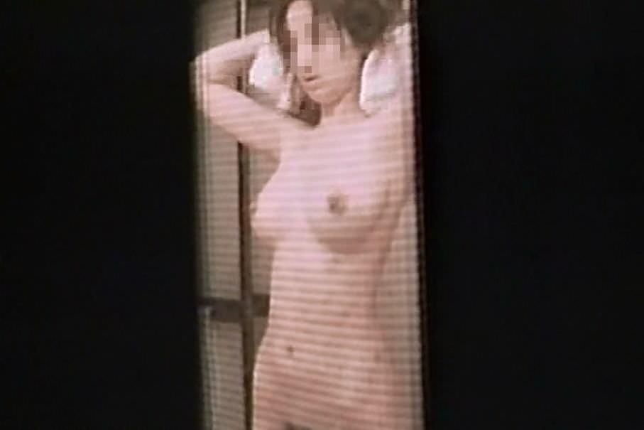 女子大生の入浴姿や私生活をガチ隠し撮りしたエロ画像 565