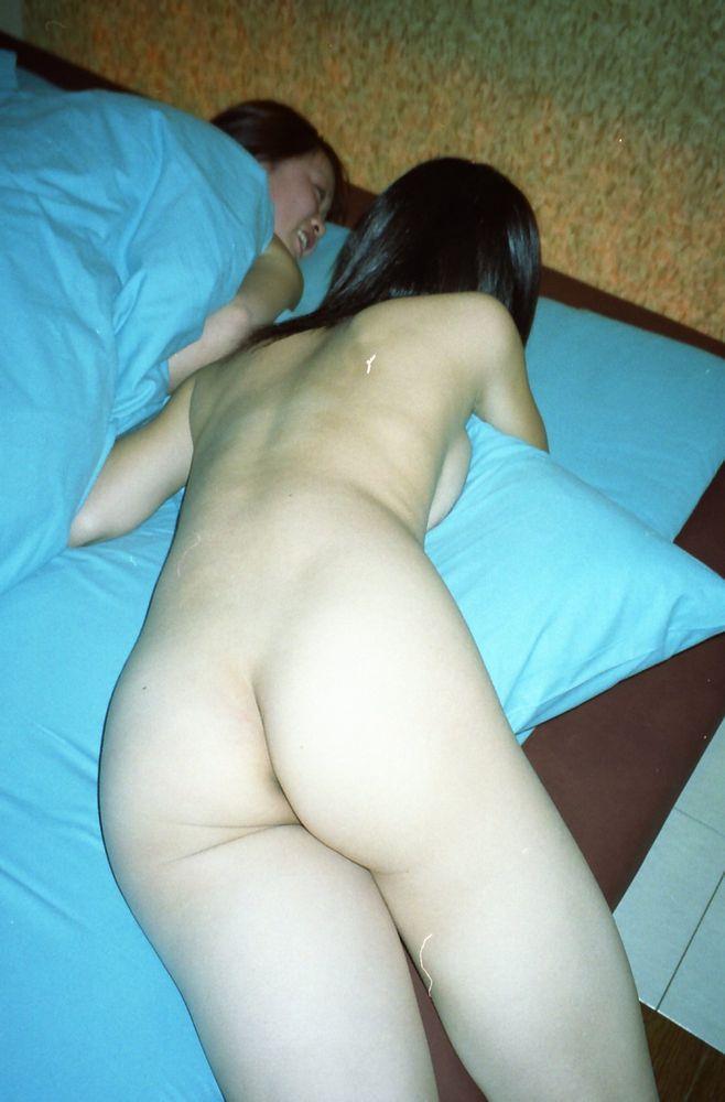 同性愛者(レズビアン)の素人カップルwww生々しすぎるエロ画像が拡散!!!!! 0937 1