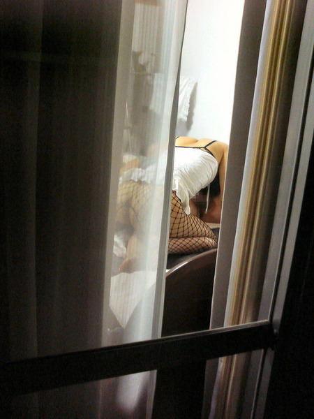 素人娘が自宅や更衣室で着替えてる姿をガチ隠し撮りしたヤバいエロ画像 11126