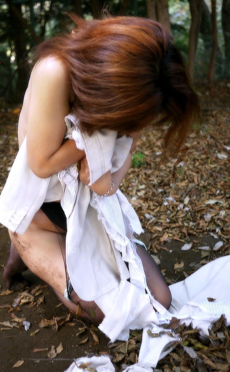 女はただのまんこ穴にしか見てない鬼畜なレイプエロ画像 1263