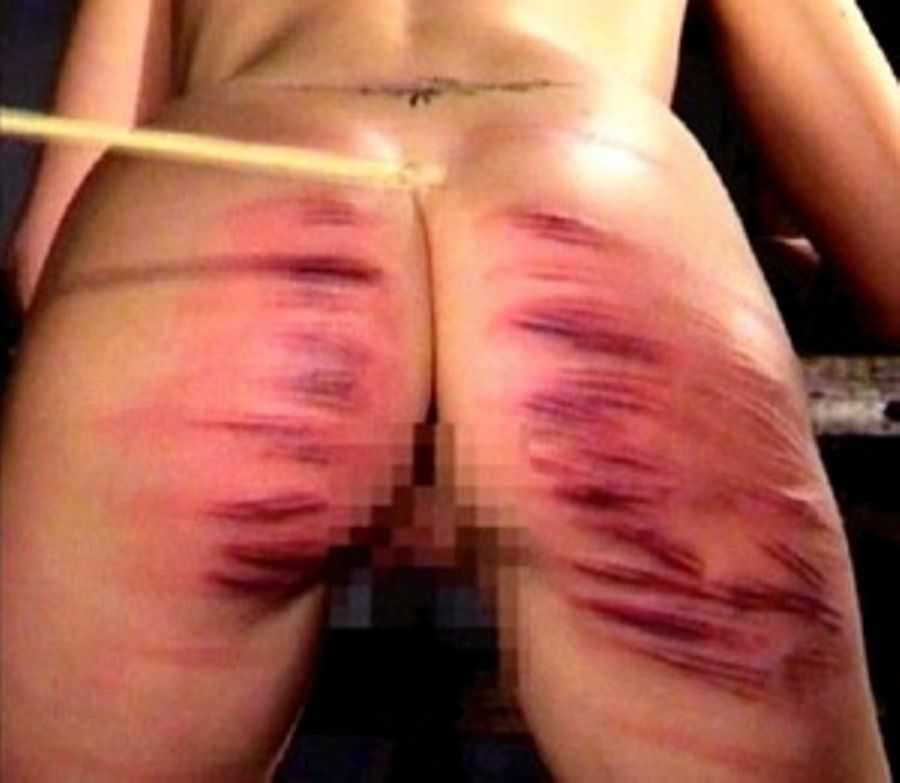 お尻が真っ赤に腫れあがるほどひっぱたかれてるSMエロ画像 2127