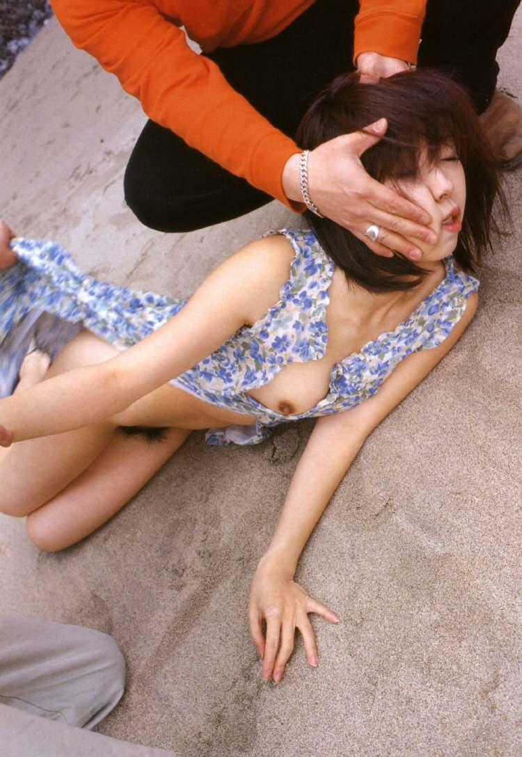 女はただのまんこ穴にしか見てない鬼畜なレイプエロ画像 2148