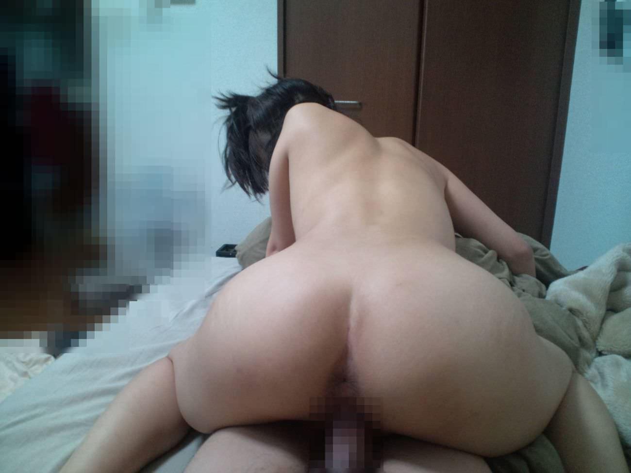 彼氏にセックスしてる時の恥ずかしい姿を撮影されちゃったハメ撮りエロ画像 2211