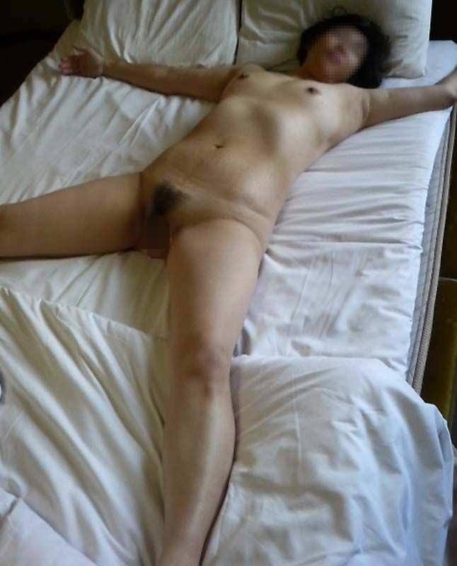 人妻系デリヘルで呼んだ熟女とセックス事後に撮影したエロ画像 2416
