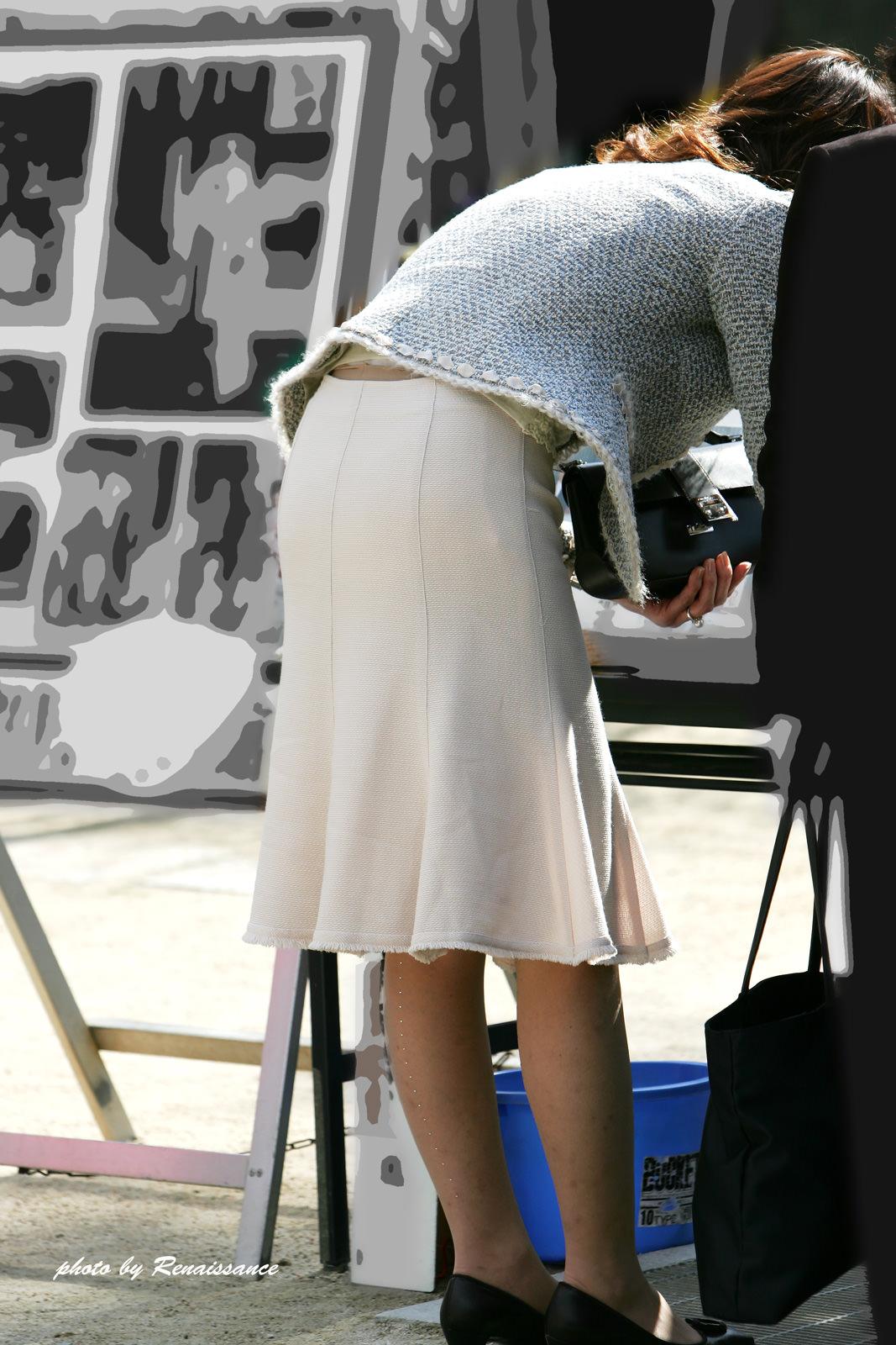 街で見かける人妻や熟女にエロスを感じるwwww隠し撮り画像放出wwwww 2517 1
