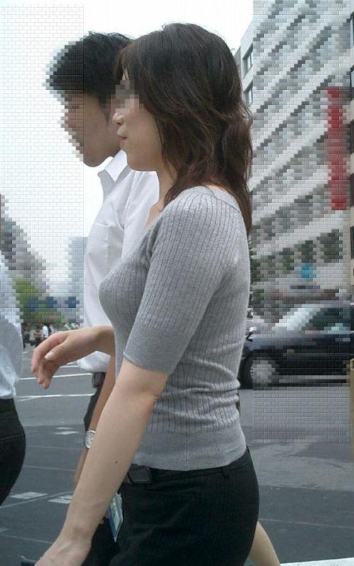 街で見かける人妻や熟女にエロスを感じるwwww隠し撮り画像放出wwwww 2518 1